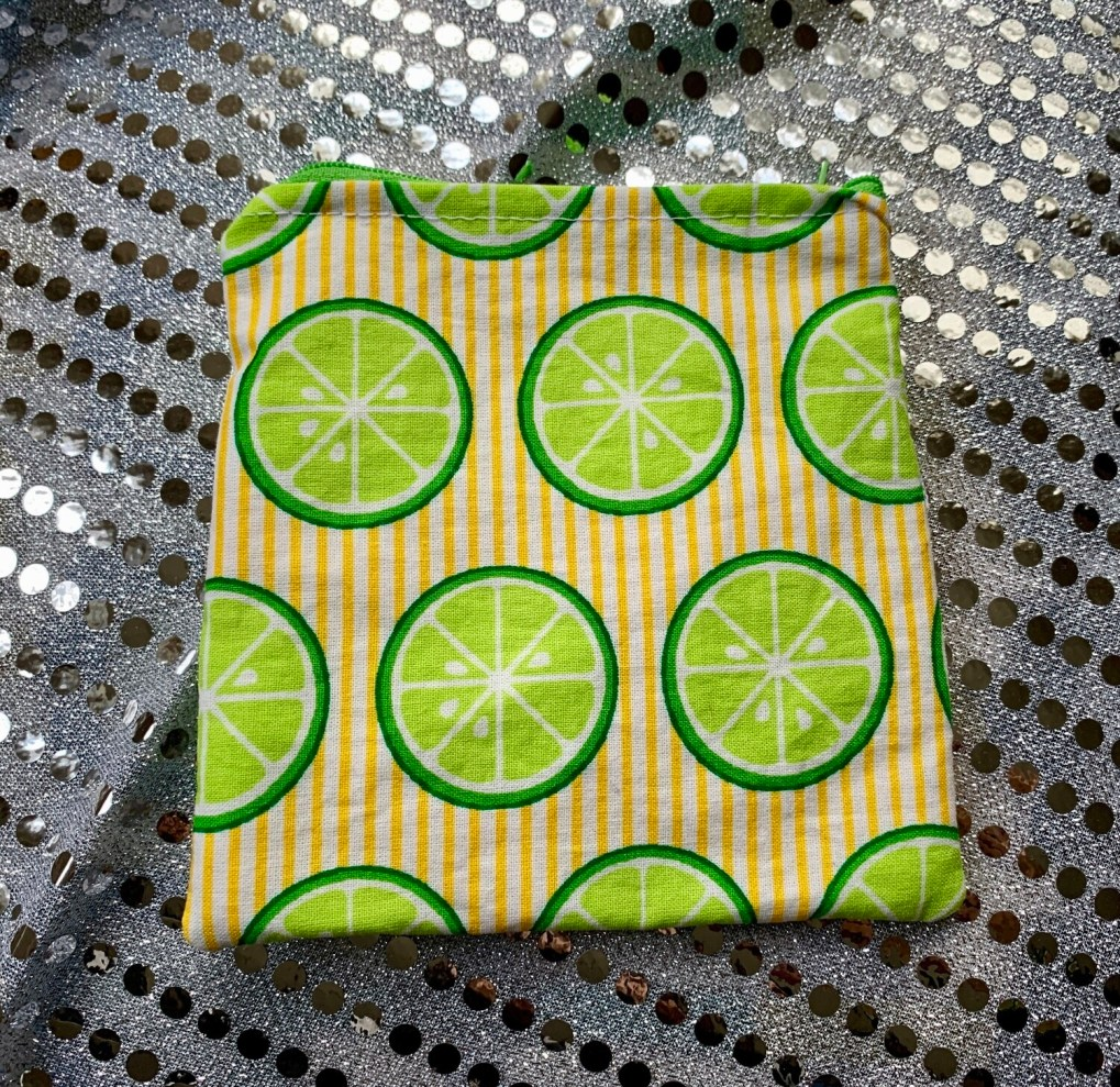 Handmade snack bag with food safe and waterproof liner - Lemons