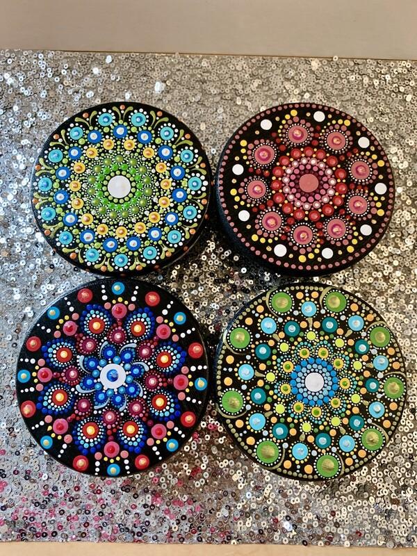 Dot Mandala Round Stand Table Small