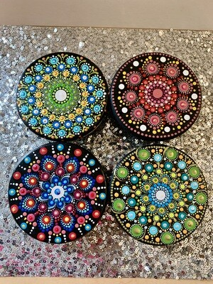 Dot Mandala Round Stand Table Small