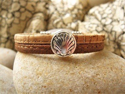 Camino jewellery safe travel bracelet - two-tone cork and shell