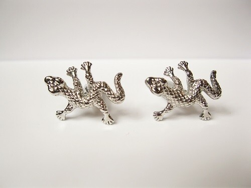 Lucky gecko cufflinks to say Have Fun