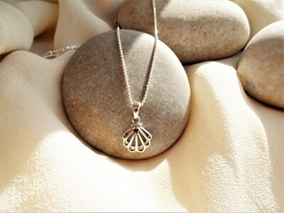 Camino de Santiago necklace - Finisterre