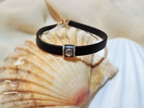 Camino bracelet ft Compostela scallop shell