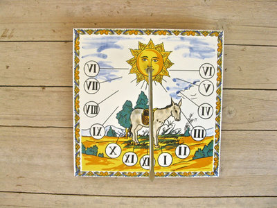 Spanish ceramic sundial ~ square