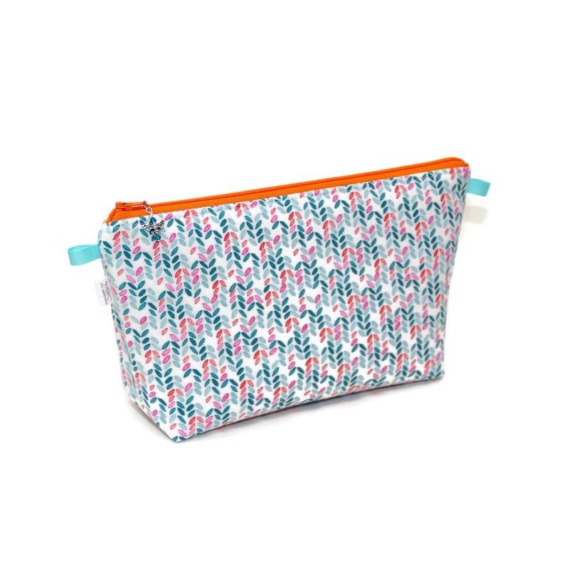 Knit Stitch in Aqua - Regular Wedge