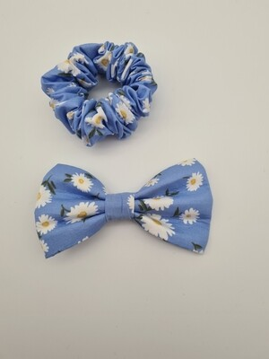 DearDaisy scrunchie