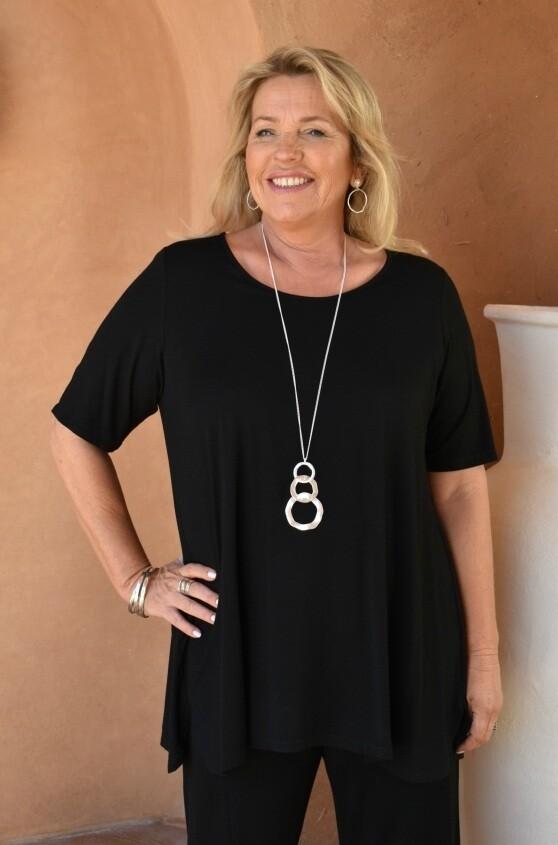 Tessa - Black Jersey short sleeve T-Shirt