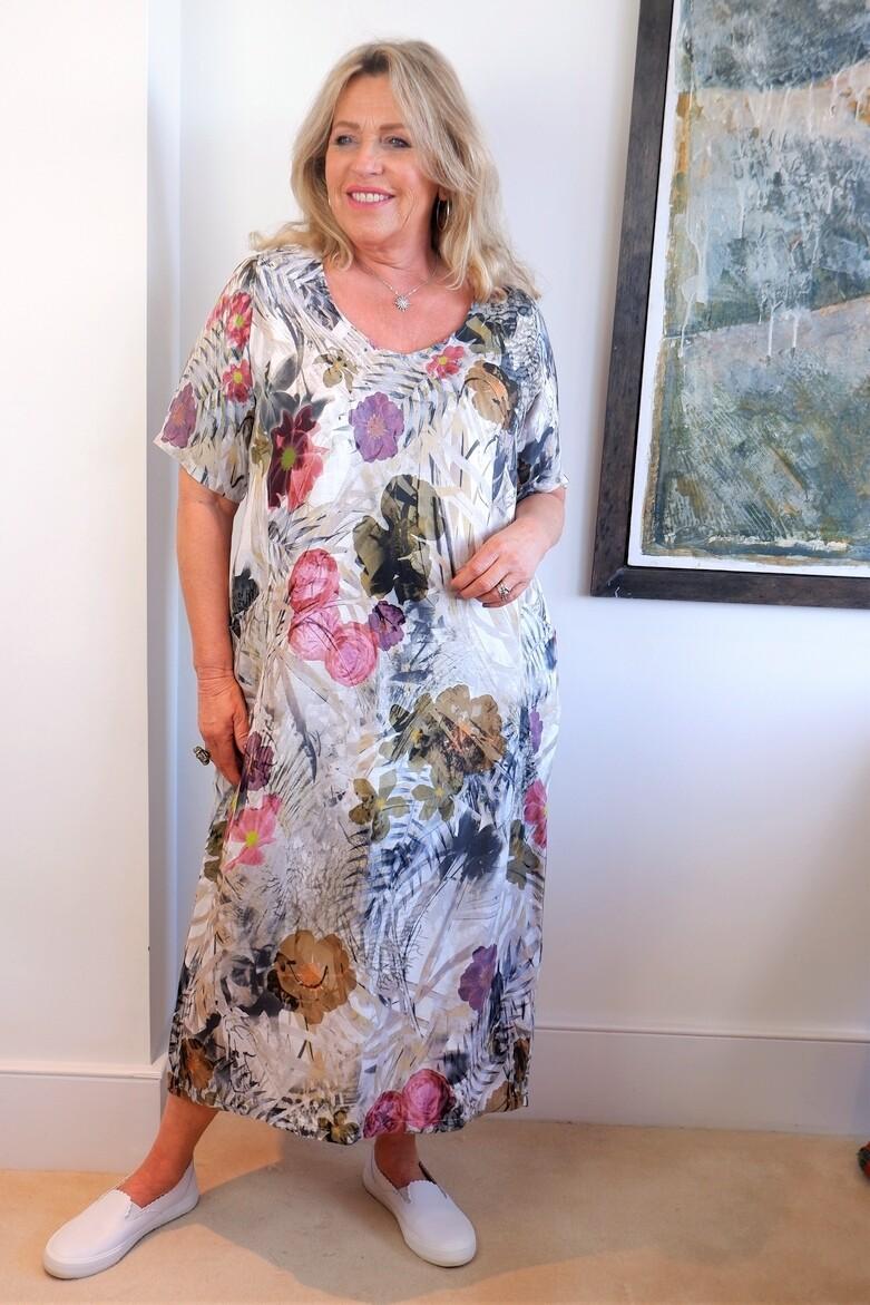 KASBAH Rolanda - Vintage Floral Print Dress