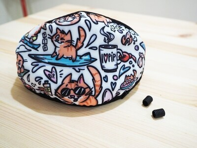 BACK IN STOCK: Pip the Beach Cat Face Mask with