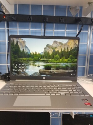 HP Notebook AMD Ryzen 3 3250u @2.50GHz 8GB Ram 256GB SSD 15