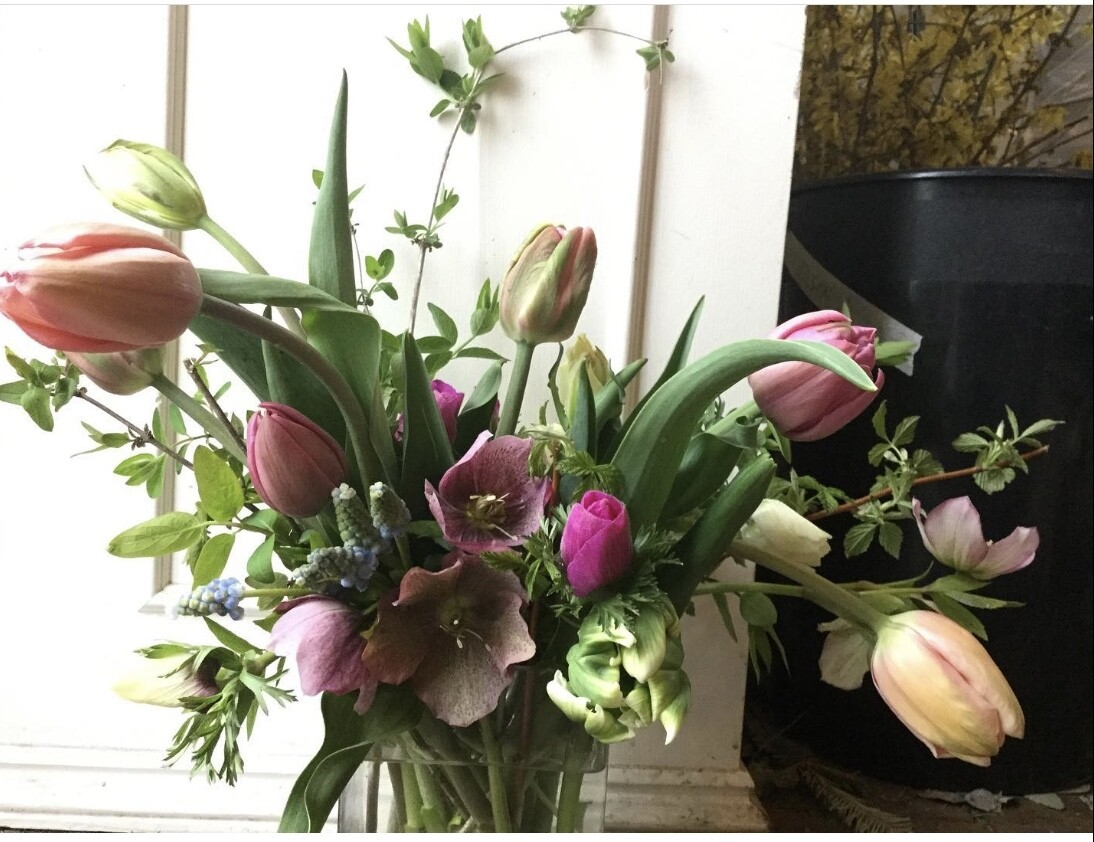 Spring Mixed Bouquet Deluxe