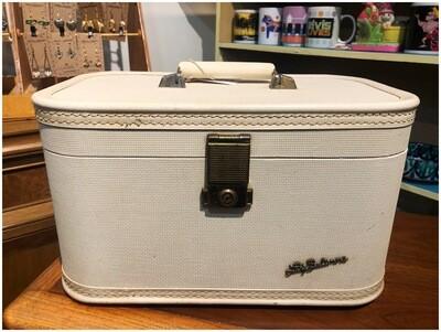 Vintage Lady Baltimore Train Case Luggage