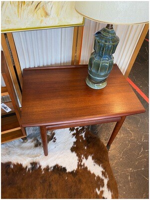 Mid Century End/Side Table