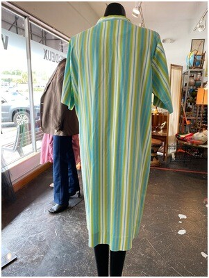 Vintage 1960's Shaker Square Housecoat or Beach Coverup