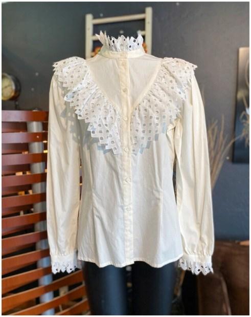 Vintage 80's Regina Porter White Lace Blouse