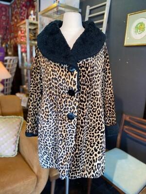 Vintage Leopard Coat with Black Collar