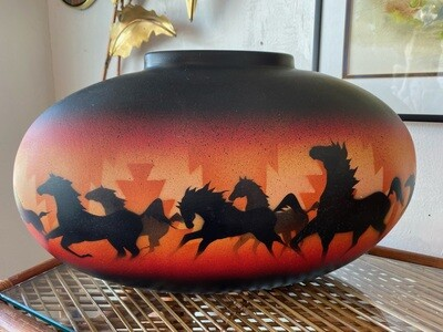 """Vintage 1993 Signed Sioux Pottery """"Wild Horses"""" by Maryboy Dine"""