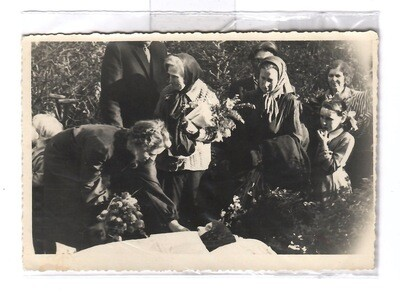 1940s Outside Funeral Viewing Post-Mortem Snapshot