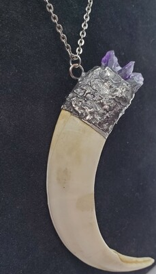 Haus of Syn Large Crystal Tusk