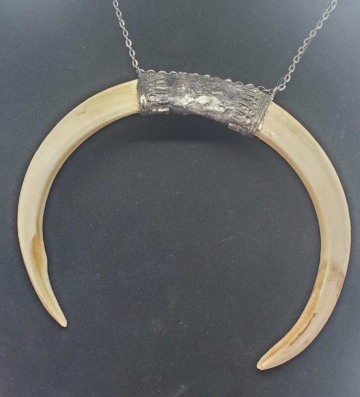 Medium Double Tusk Necklace