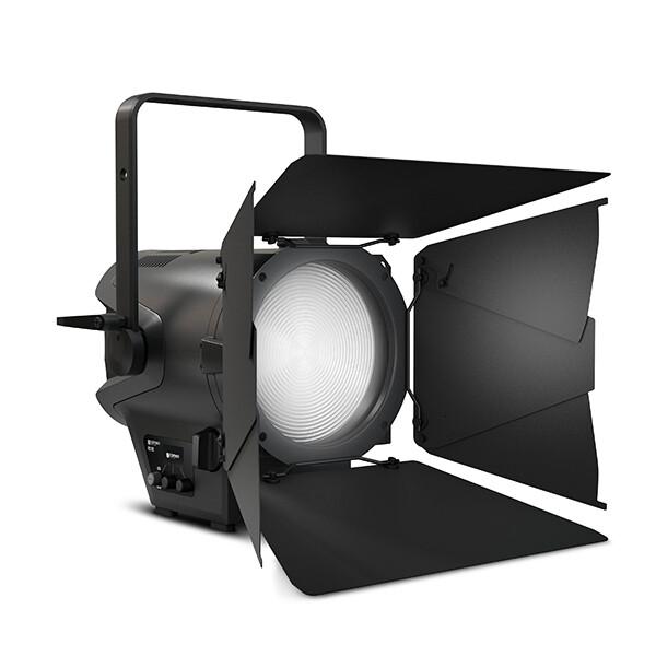 Projecteur Fresnel Led 240 W RGBW CAMEO F2 FC - 18 à 55°
