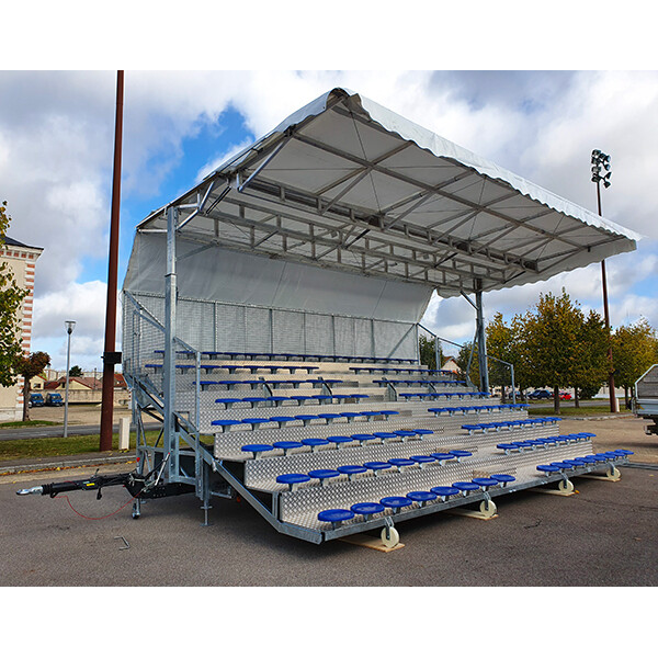 Tribune mobile SAMIA couverte 124 places sur remorque