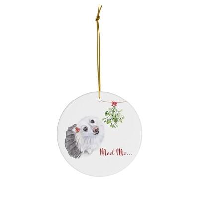 Merry Mistletoe Ornament - Pomeranian