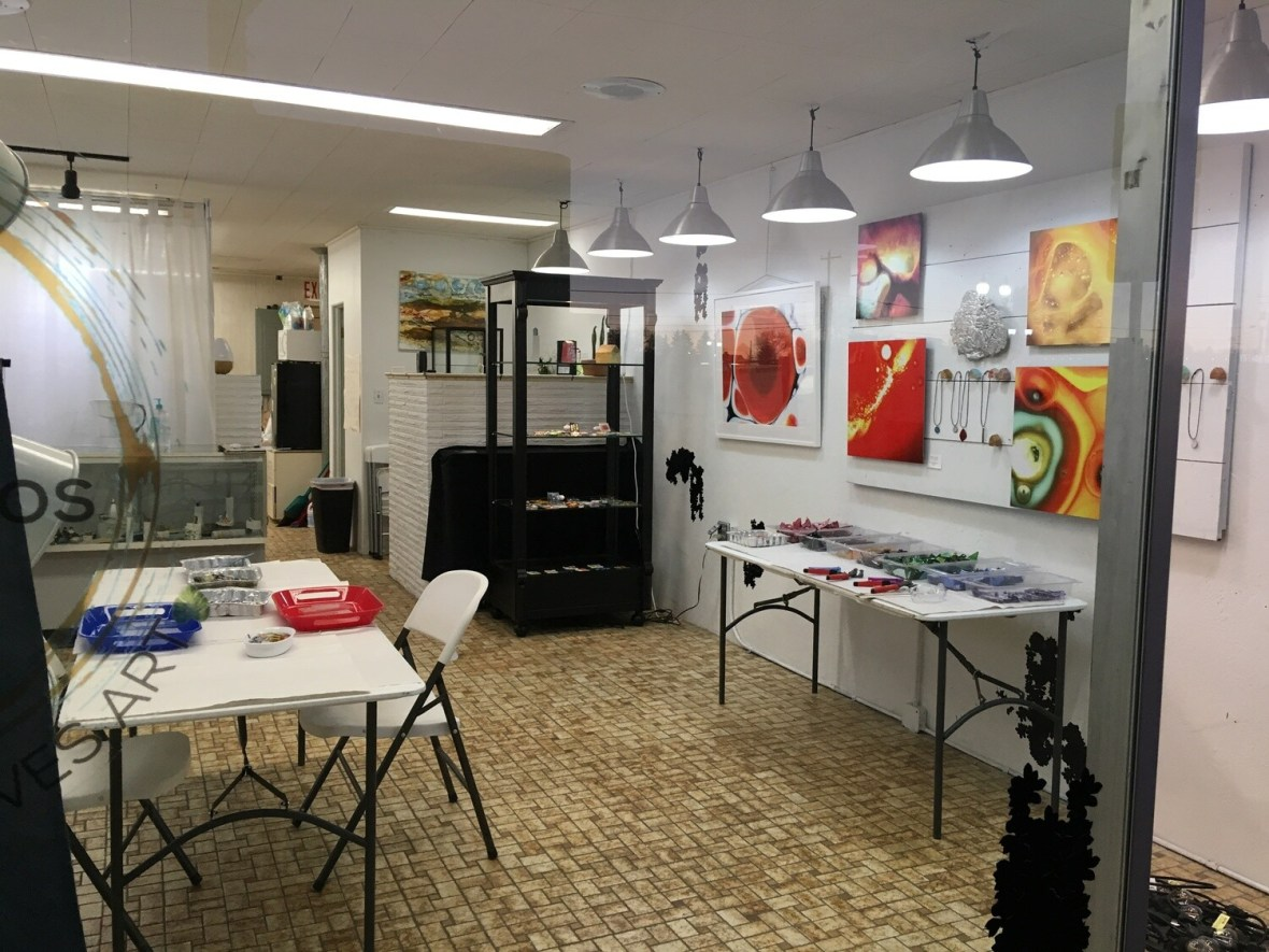 Schedule your own private art party!