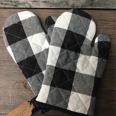 Oven Mitts Black & White Checkered