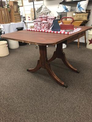 (453) Drop Leaf Table