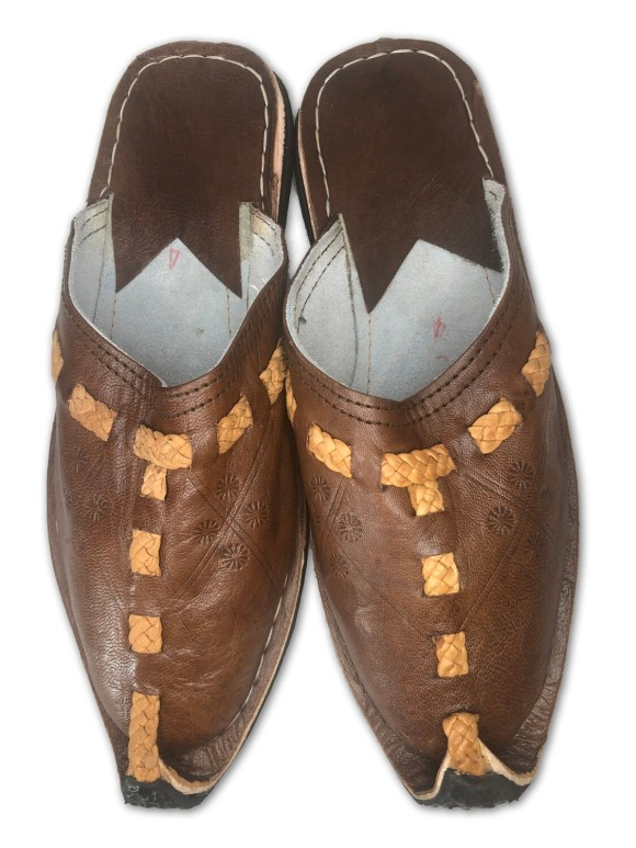 Men's Pointed Brown Organic Leather Moroccan Babouche Slippers