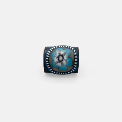 INNOVA Classic Sewhead Handle Magnet - Blue Flower
