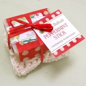 Green Daffodil Peppermint Stick Soap And Washcloth Holiday Set