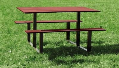 Riga picnic table