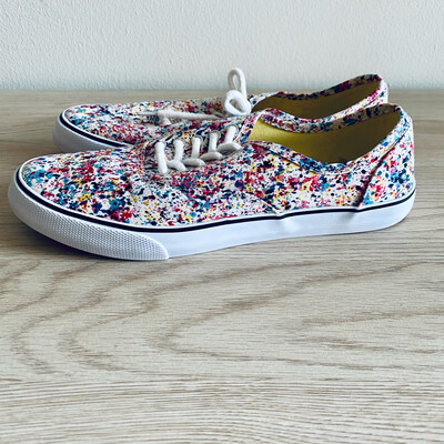 a610 mossimo womens size 8 multi-color shoes