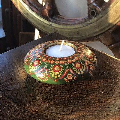Green Folk Art Round Tea Light Holder