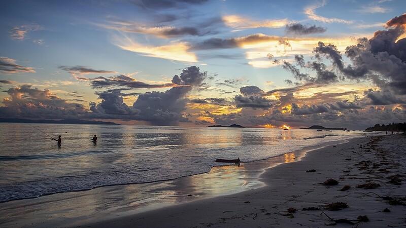 Praslin Beach, Seychelles 9643