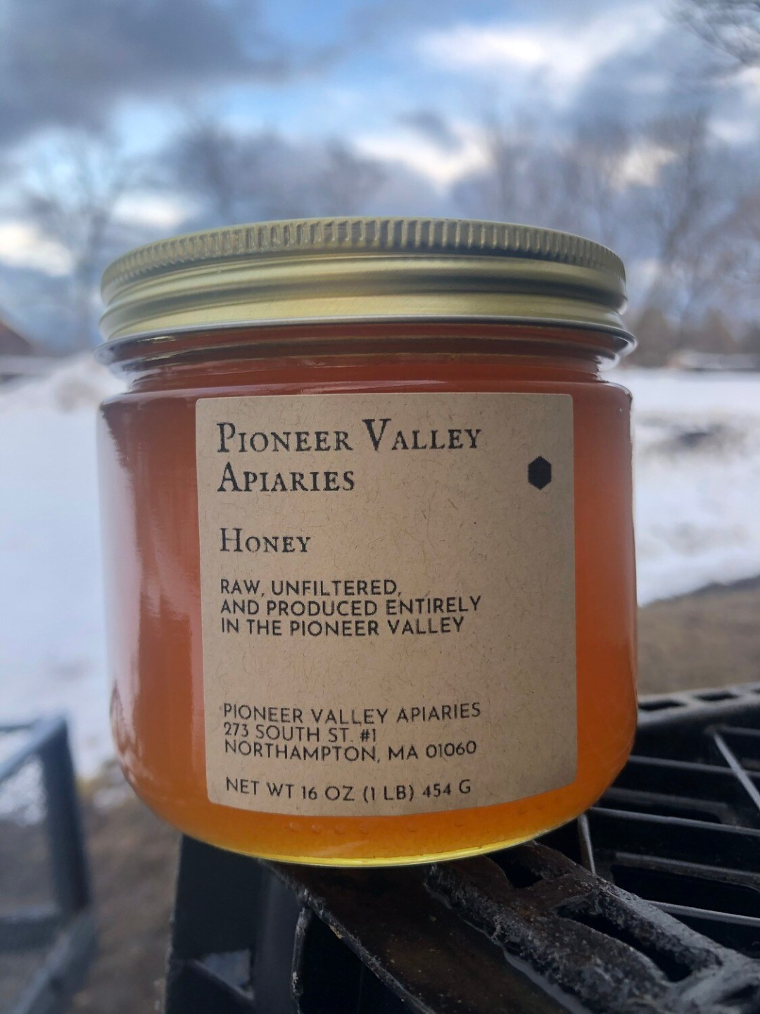 Pioneer Valley Apiaries Honey 1 lb