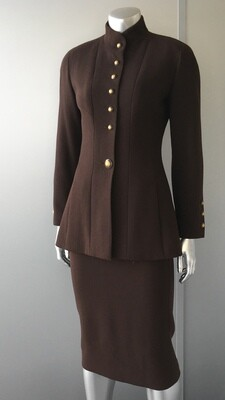 CHANEL BROWN WOOL SUIT