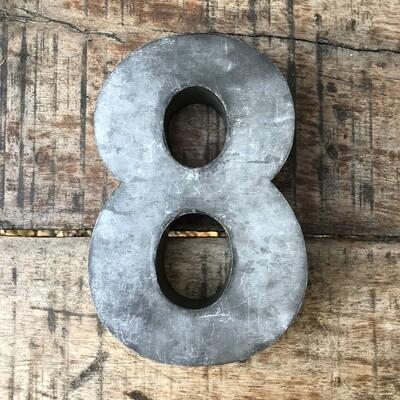 Numéro de maison en zinc - N°8