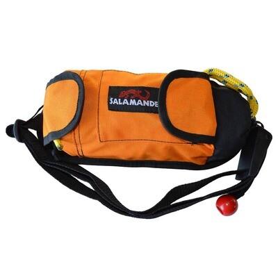 Salamander // Golden Retriever Throw Bag