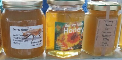 Honey: medium pot. (340g). Local beekeepers.