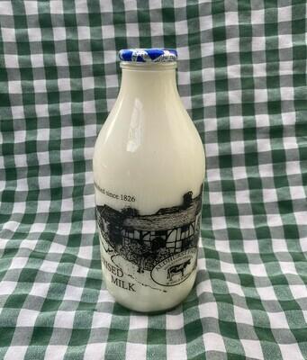 Milk. Skimmed. 1 pint. Aldhurst Farm.