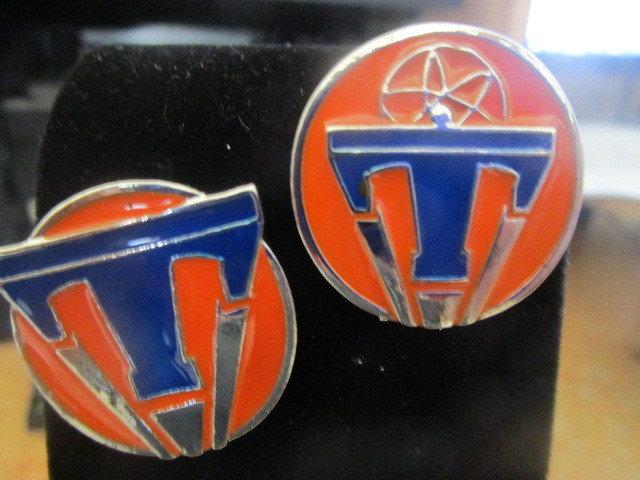Tomorrowland pin / brooch