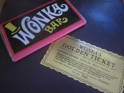 Classic Golden Ticket & Replica Bar Set