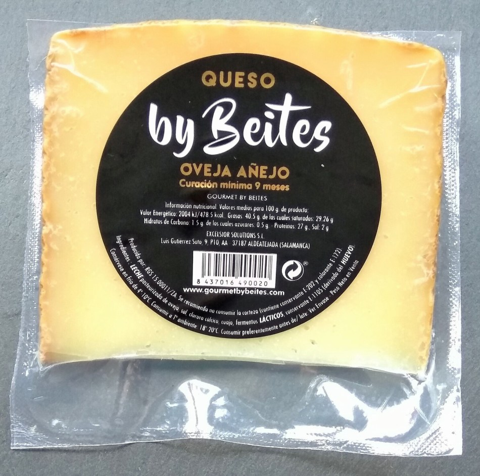 Queso Oveja Añejo, cuña 250 g. - Gourmet by Beites