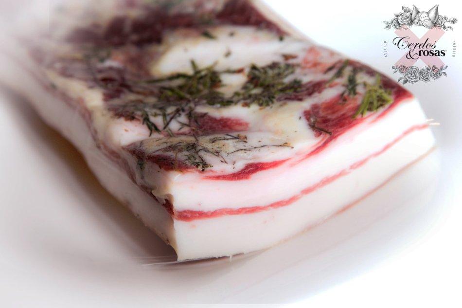 Cerdos y Rosas: Panceta Curada Ibérica de Bellota. Peso aproximado 1kg
