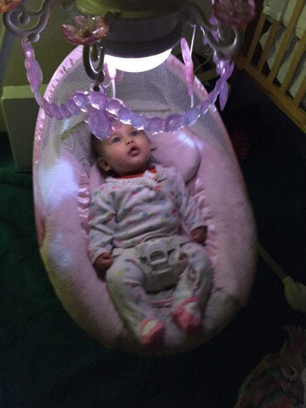 Chandelier pink baby swing butterfly (Baby & Kids) in