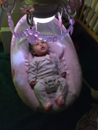 Chandelier pink baby swing butterfly (Baby & Kids) in