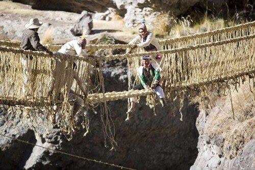 pont suspendu Queswachaka Inca